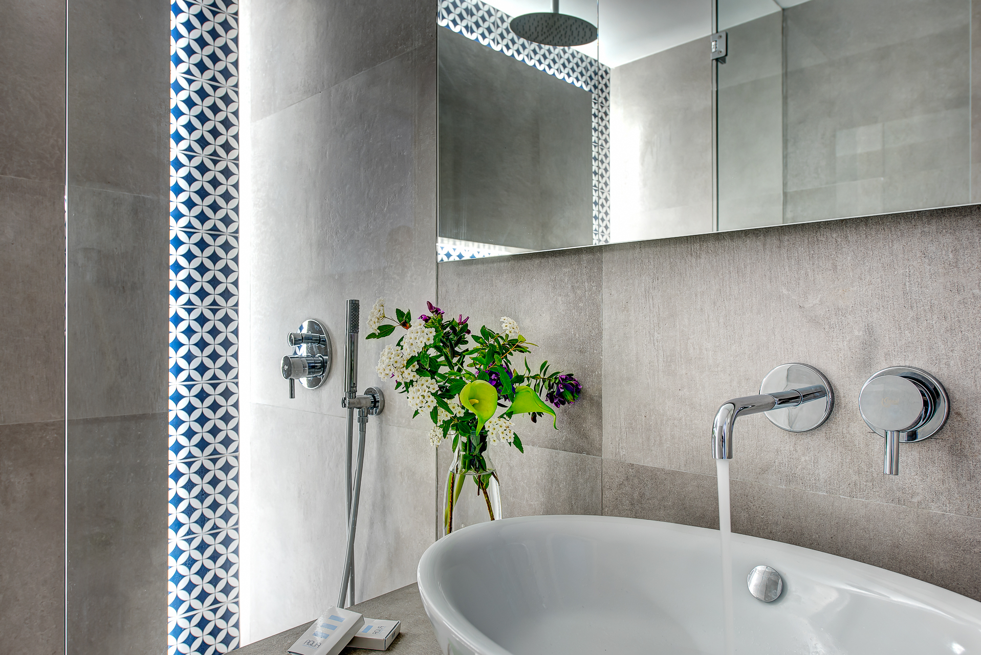 gocce di capri three bedroom apatment classic massa lubrense bathroom