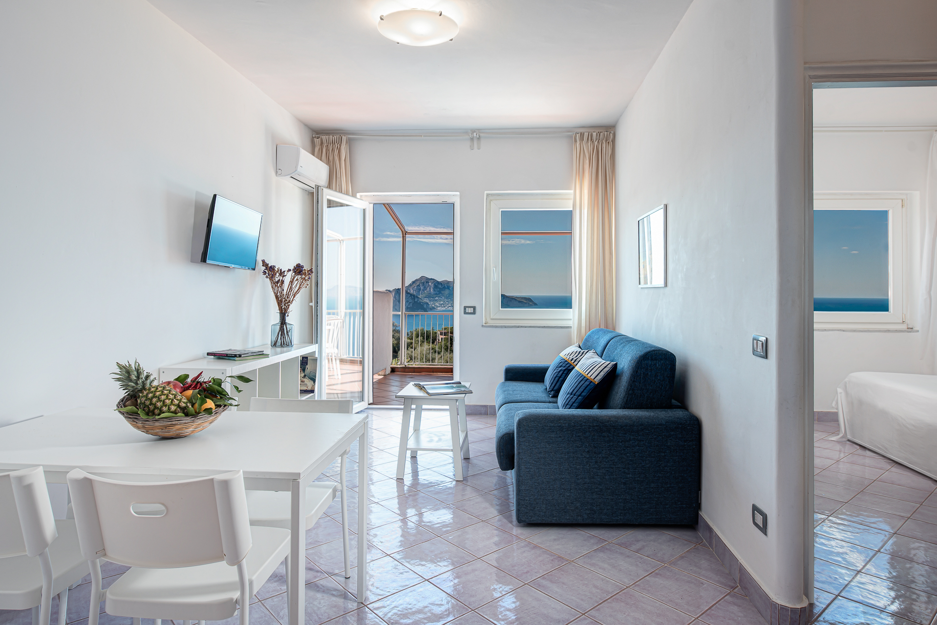 gocce di capri two bedroom apatment superior massa lubrense